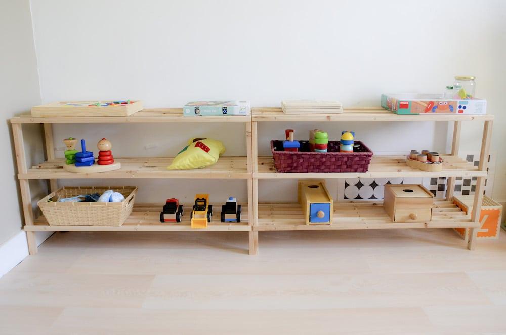 Étagère jeux 3 à 6 ans inspirations Montessori
