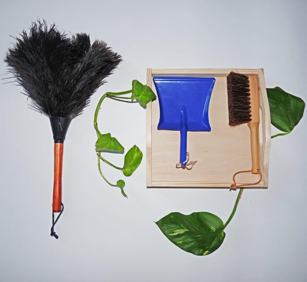 Prendre soin de la maison : kit de vie pratique Montessori
